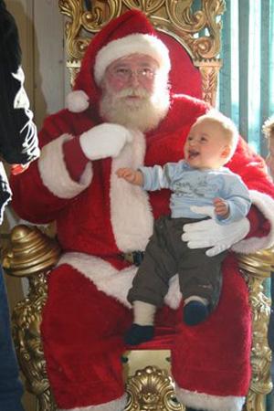 wunderland weihnachten weihnachtsmann mit thron. Black Bedroom Furniture Sets. Home Design Ideas